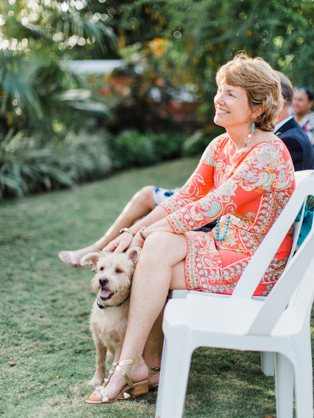 Include_dogs_in_your_wedding_photographs3.jpg