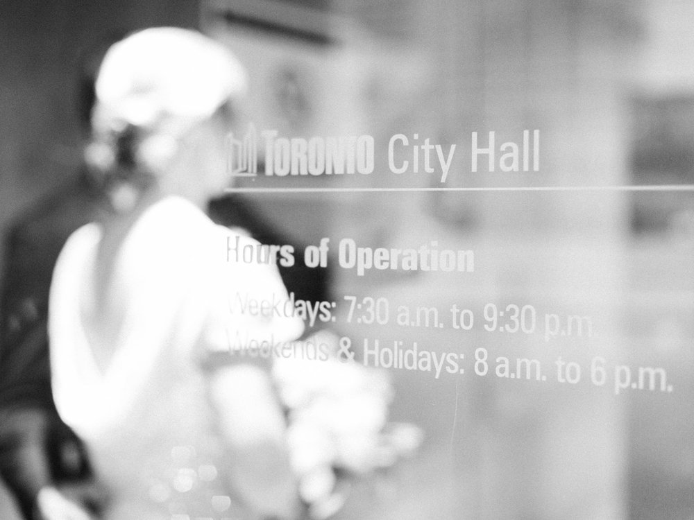 toronto_city_hall_wedding_photographs_nathan_phillips_square-122.jpg