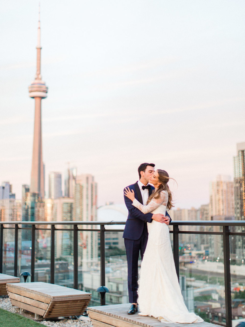 toronto-wedding-photographer-fine-art-documentary-classy-stylish-rooftop-lavelle-218.jpg