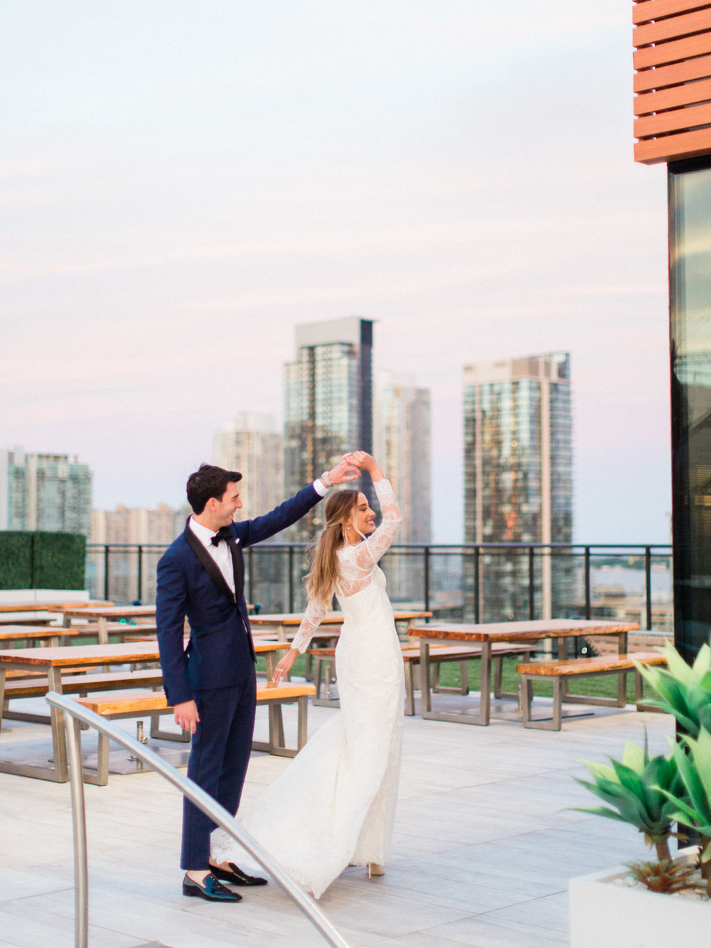 toronto-wedding-photographer-fine-art-documentary-classy-stylish-rooftop-lavelle-233.jpg