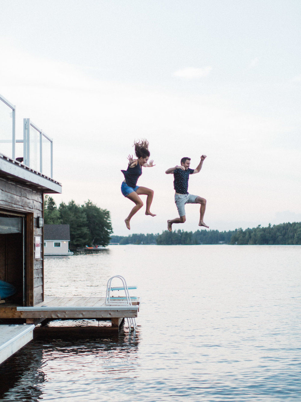 muskoka-wedding-photographer-adventurous-couples-engagement-session-lake-110.jpg