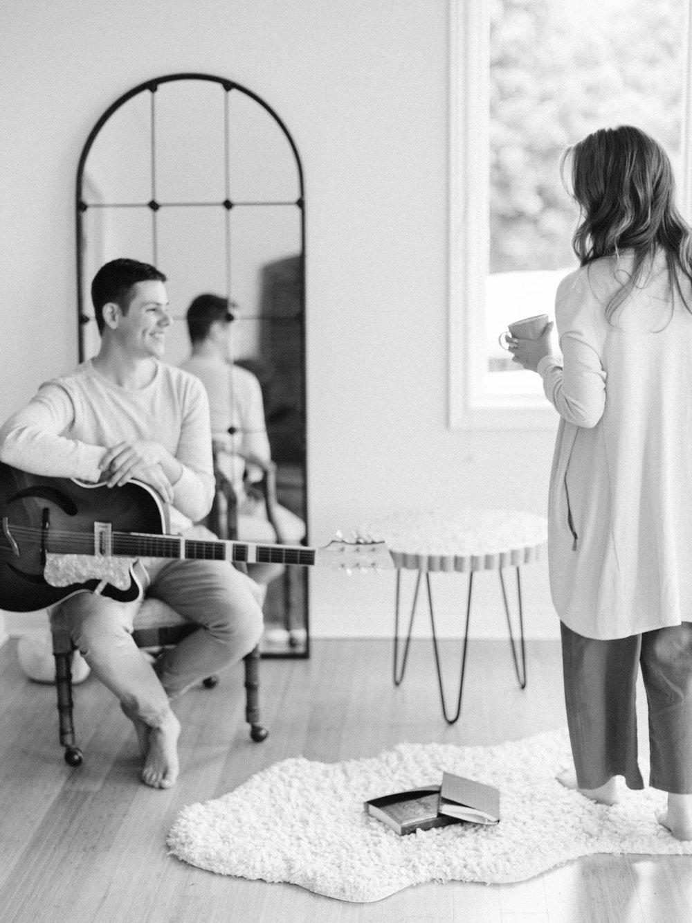 toronto-collingwood-wedding-photographer-at-home-engagement-inspiration 2018-85.jpg