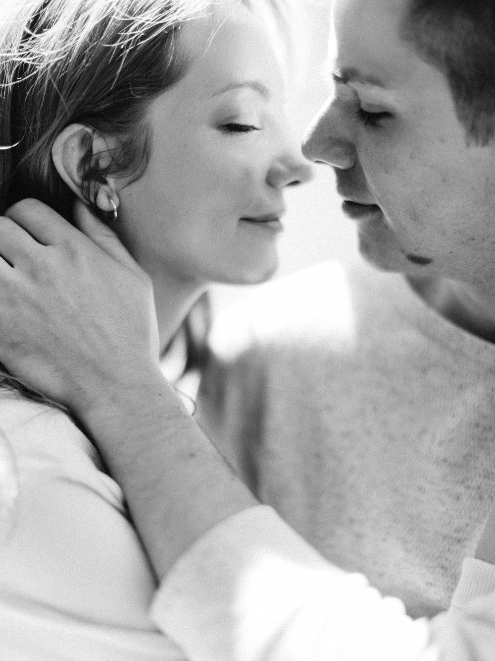 toronto-collingwood-wedding-photographer-at-home-engagement-inspiration 2018-222.jpg