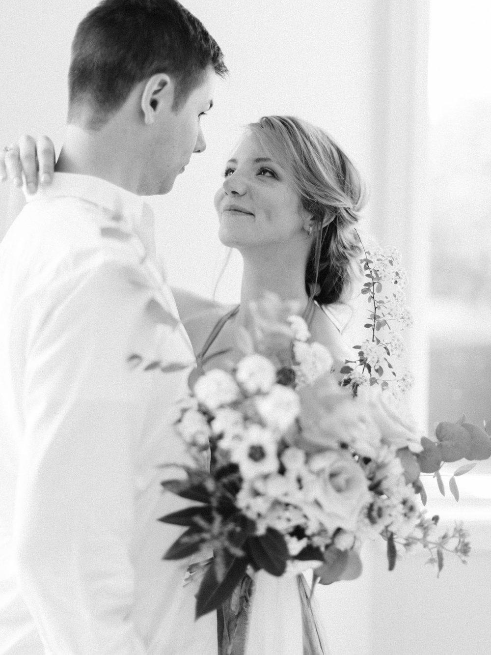 toronto-collingwood-wedding-photographer-at-home-engagement-inspiration 2018-320.jpg