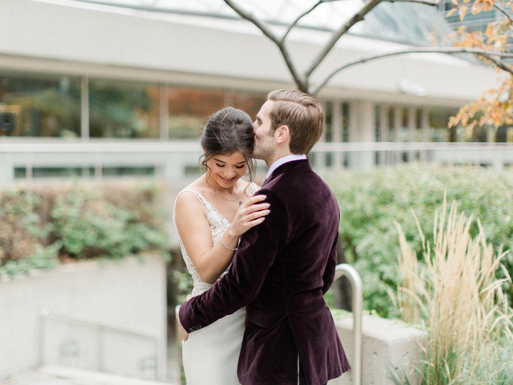 Toronto-wedding-photographer-intimate-italian-the-burroughes-downtown33.jpg
