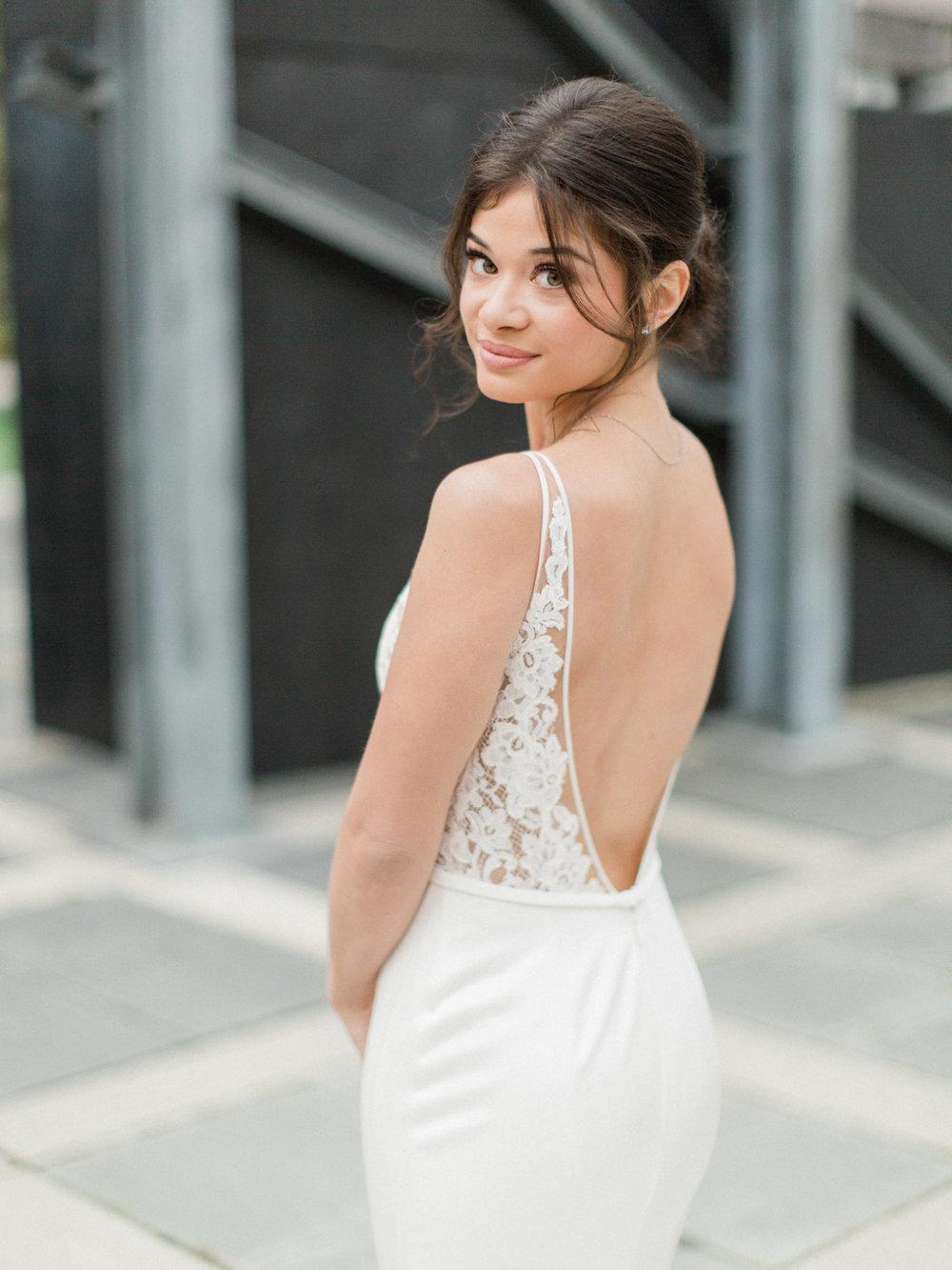 Toronto-wedding-photographer-intimate-italian-the-burroughes-downtown50.jpg