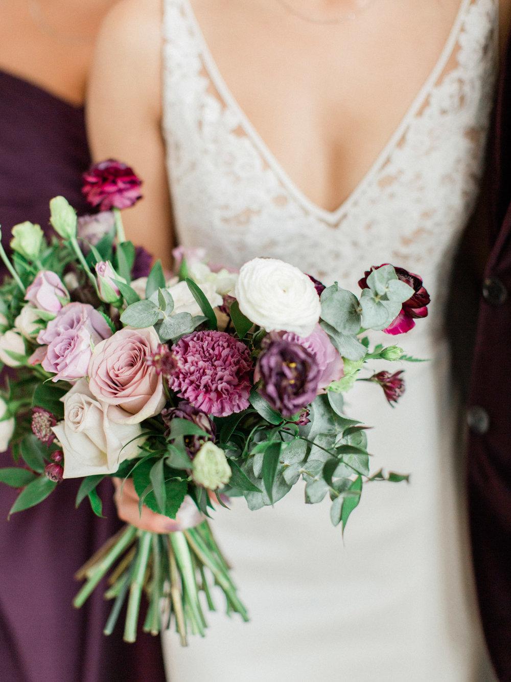 Toronto-wedding-photographer-intimate-italian-the-burroughes-downtown107.jpg