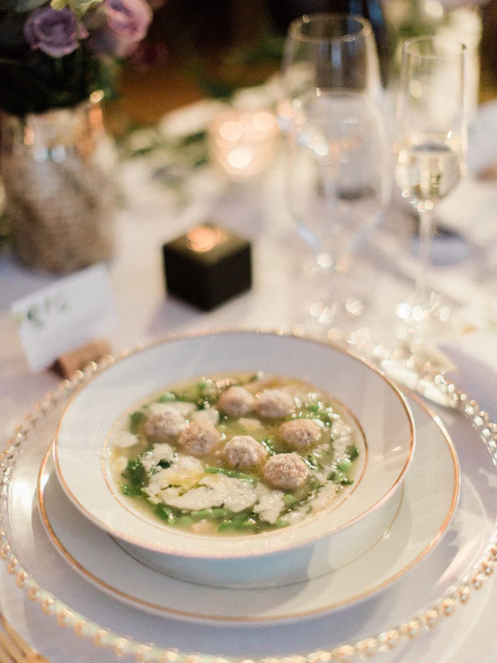 Toronto-wedding-photographer-intimate-italian-the-burroughes-downtown128.jpg