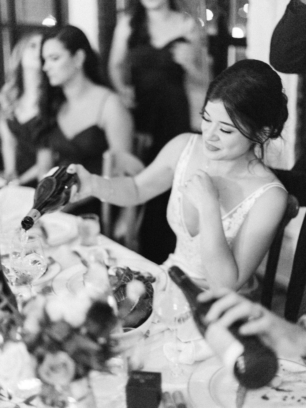 Toronto-wedding-photographer-intimate-italian-the-burroughes-downtown150.jpg