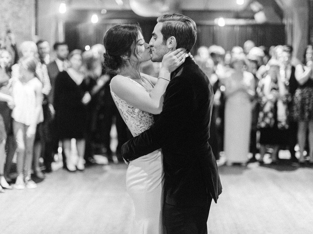 Toronto-wedding-photographer-intimate-italian-the-burroughes-downtown156.jpg