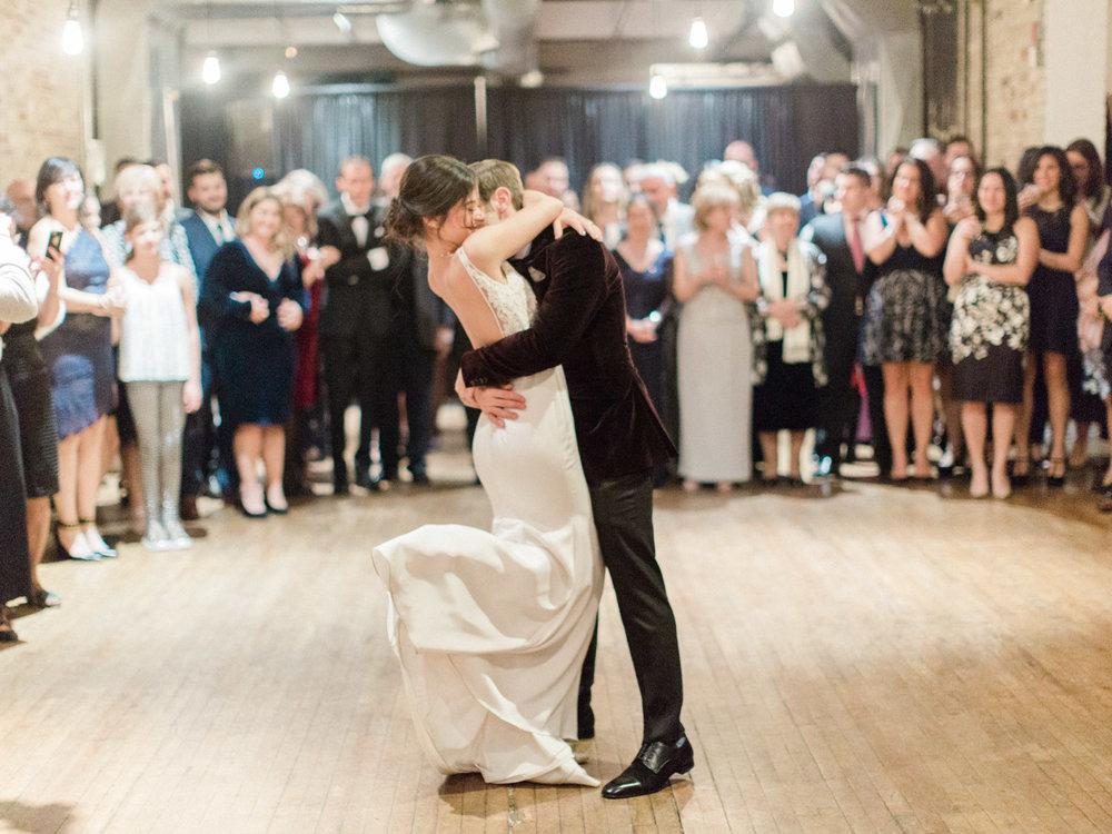 Toronto-wedding-photographer-intimate-italian-the-burroughes-downtown155.jpg