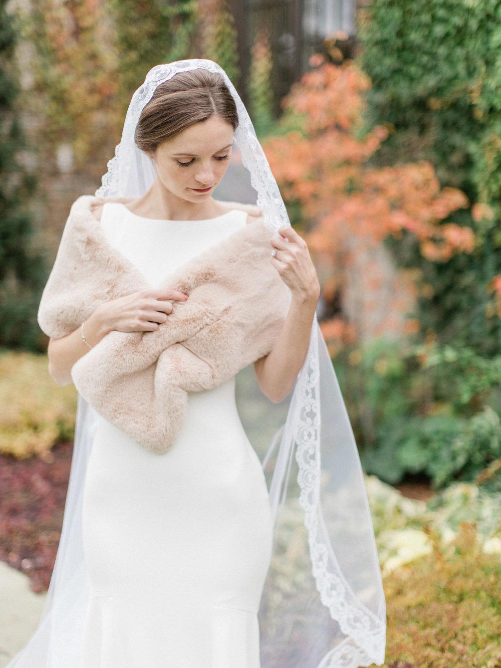 Toronto-wedding-photographer-st-georges-golf-club-jewish-modern-fall30.jpg