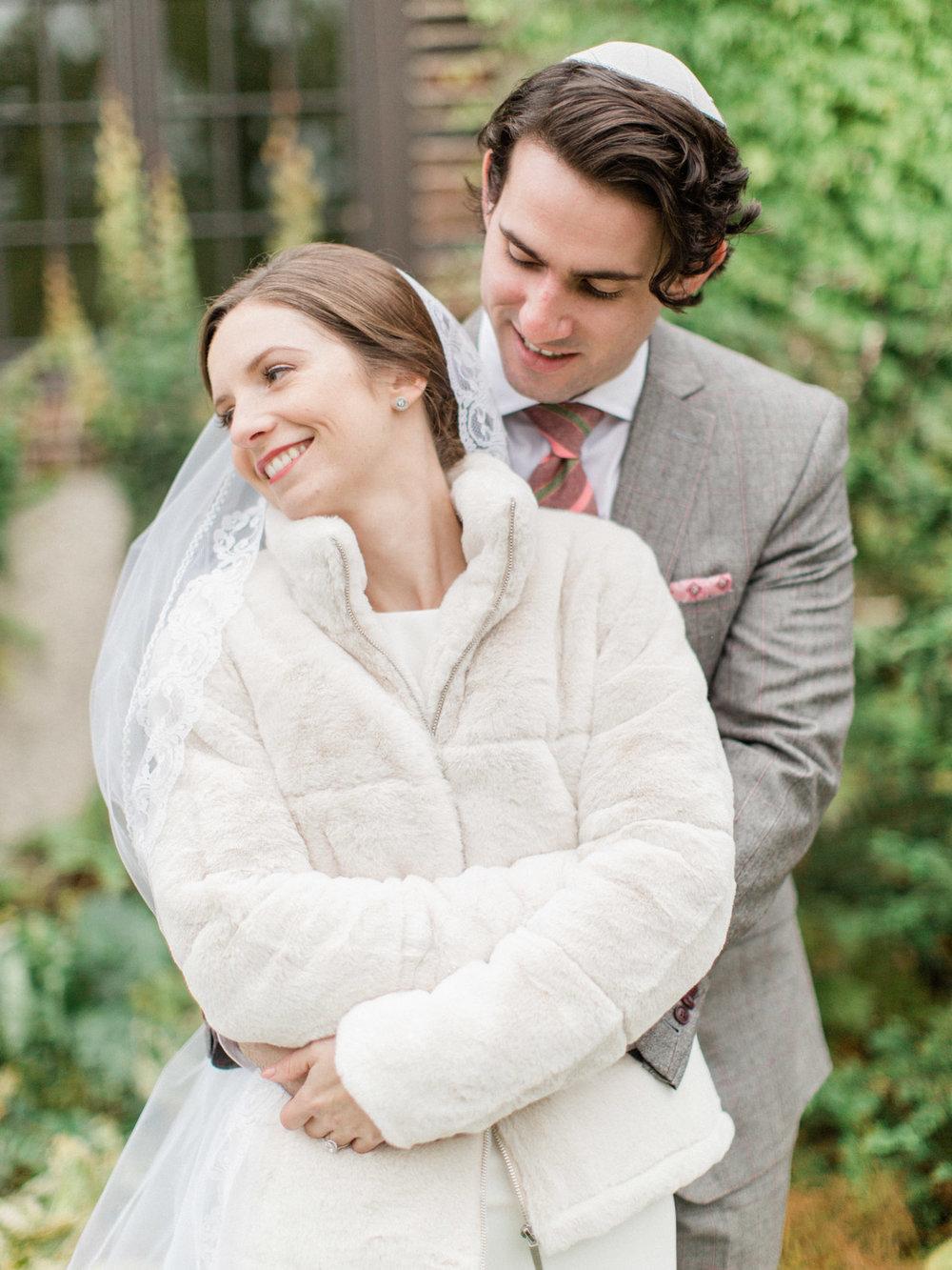 Toronto-wedding-photographer-st-georges-golf-club-jewish-modern-fall33.jpg