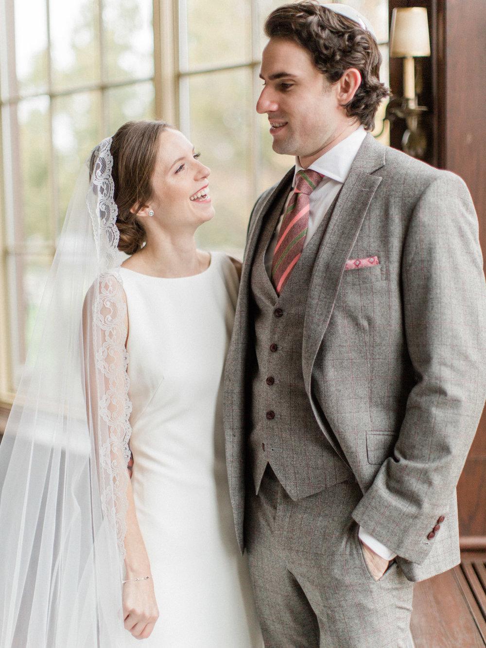 Toronto-wedding-photographer-st-georges-golf-club-jewish-modern-fall42.jpg