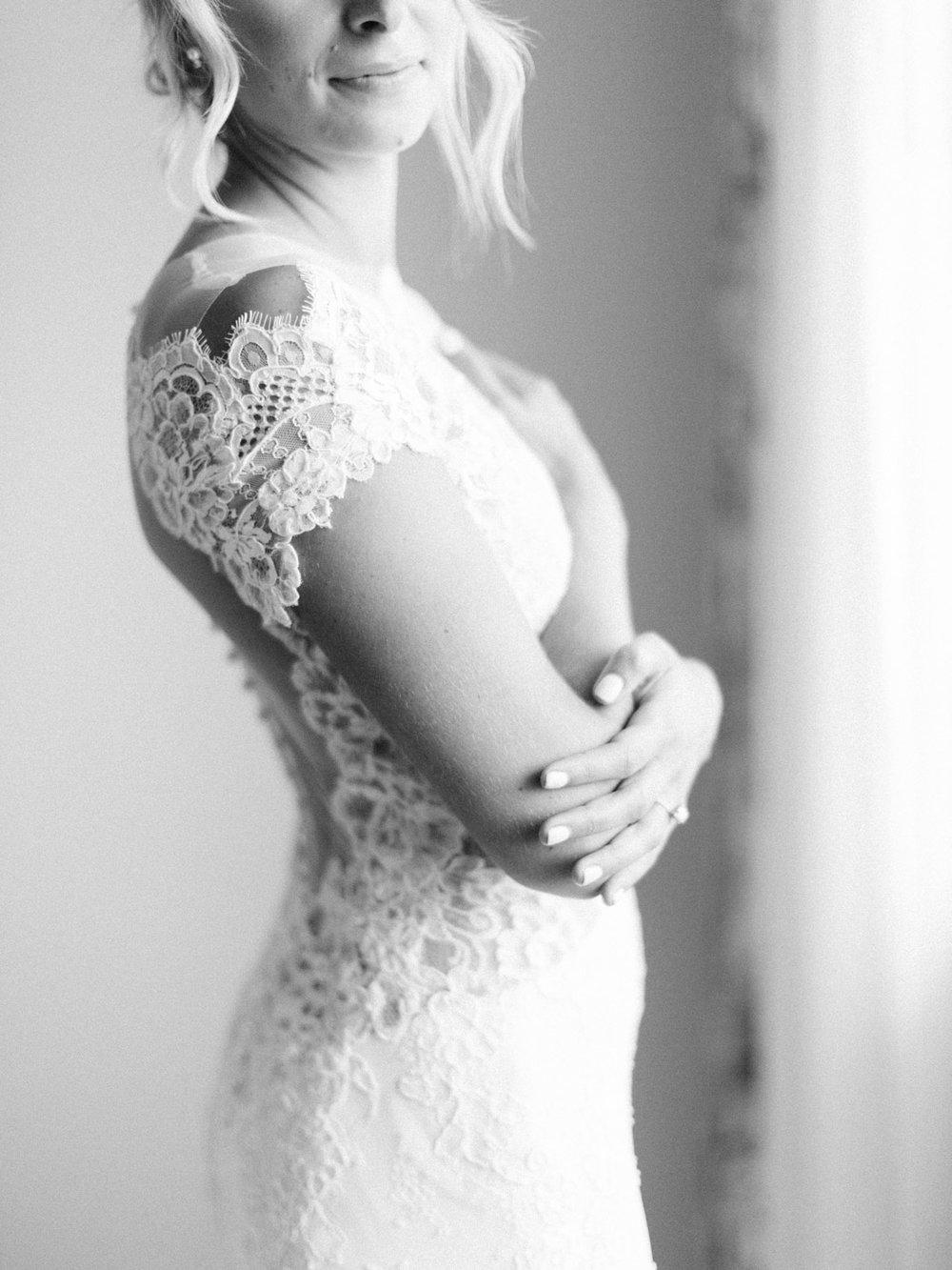 Toronto-Muskoka-wedding-photographer-summery-fun-documentary-the-marriott-rosseau20.jpg