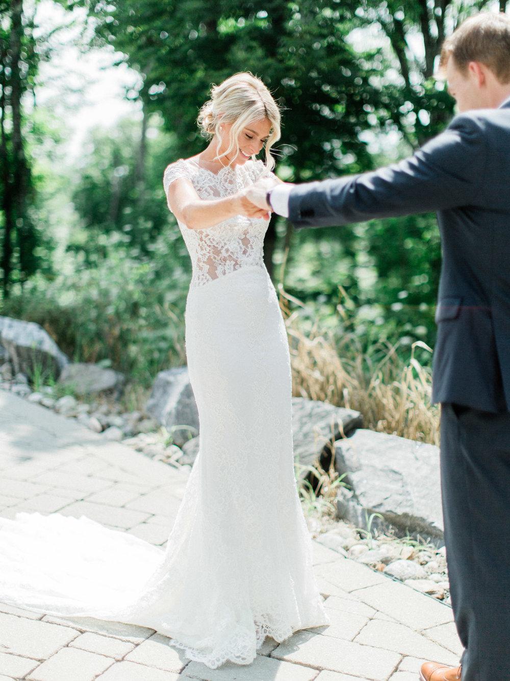 Toronto-Muskoka-wedding-photographer-summery-fun-documentary-the-marriott-rosseau34.jpg