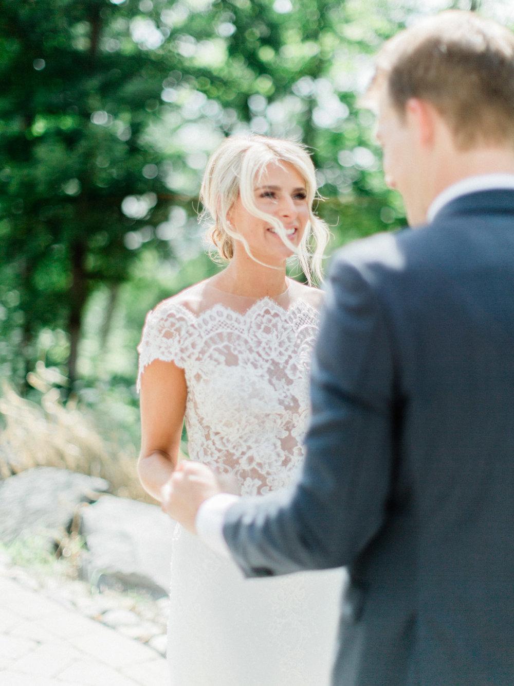 Toronto-Muskoka-wedding-photographer-summery-fun-documentary-the-marriott-rosseau35.jpg