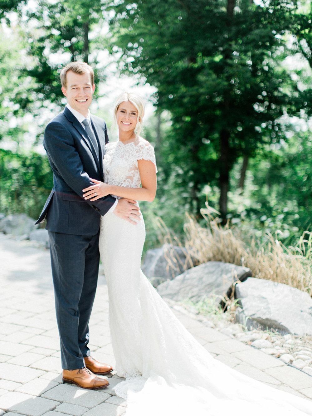 Toronto-Muskoka-wedding-photographer-summery-fun-documentary-the-marriott-rosseau38.jpg