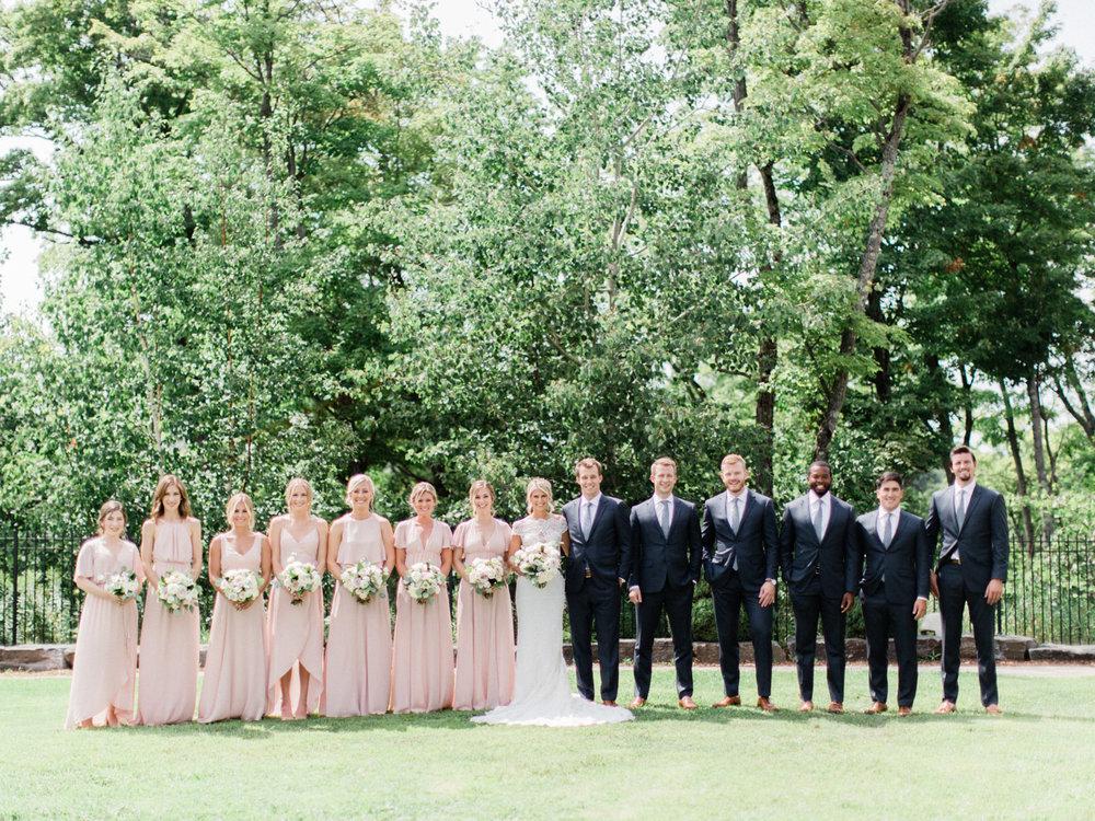 Toronto-Muskoka-wedding-photographer-summery-fun-documentary-the-marriott-rosseau44.jpg