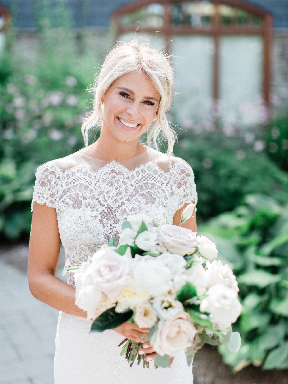 Toronto-Muskoka-wedding-photographer-summery-fun-documentary-the-marriott-rosseau52.jpg