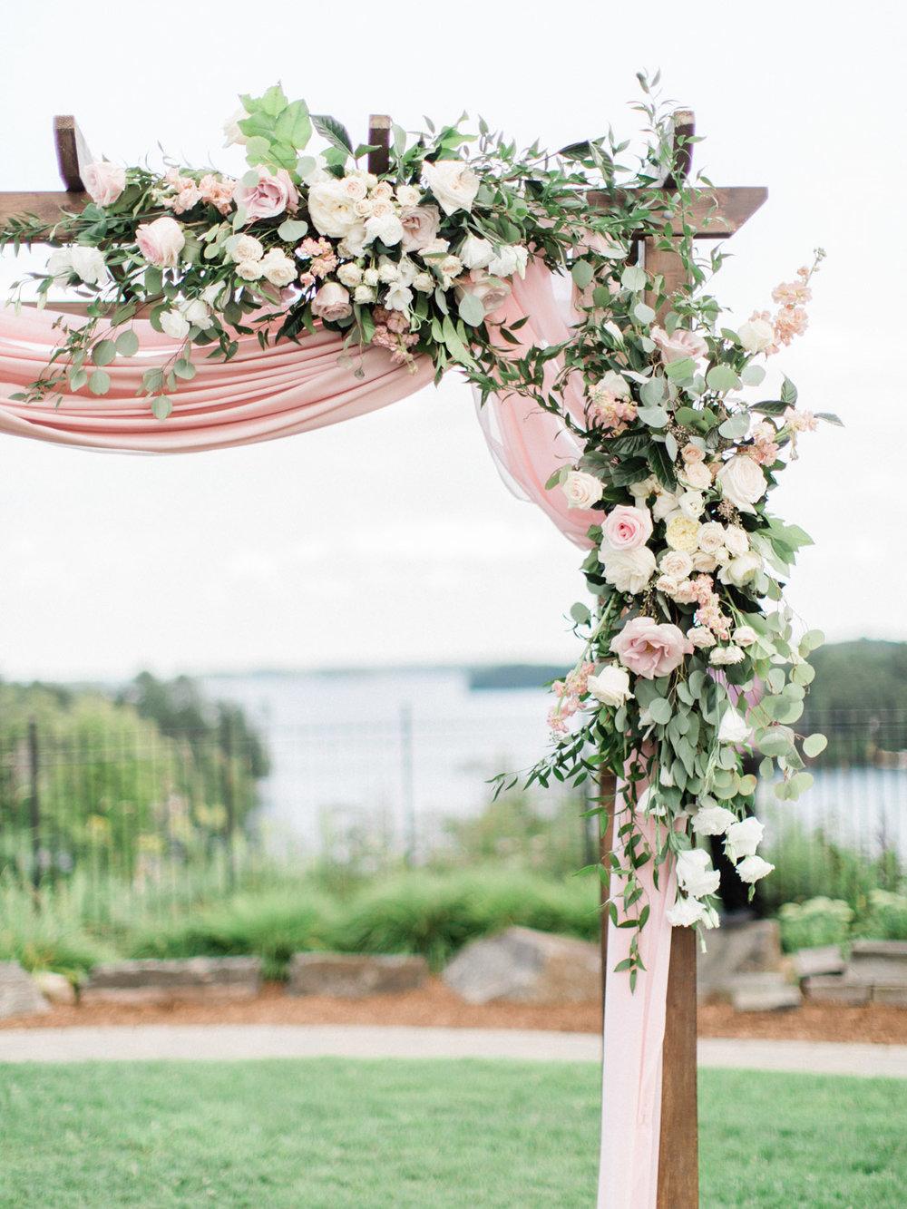 Toronto-Muskoka-wedding-photographer-summery-fun-documentary-the-marriott-rosseau68.jpg