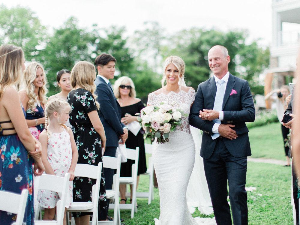 Toronto-Muskoka-wedding-photographer-summery-fun-documentary-the-marriott-rosseau75.jpg