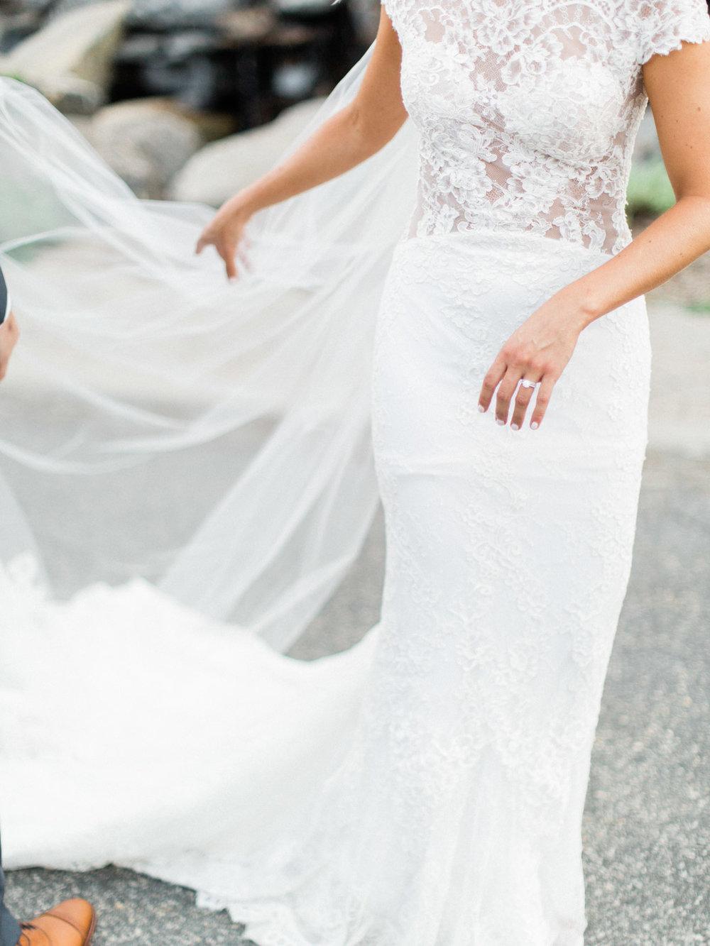 Toronto-Muskoka-wedding-photographer-summery-fun-documentary-the-marriott-rosseau99.jpg