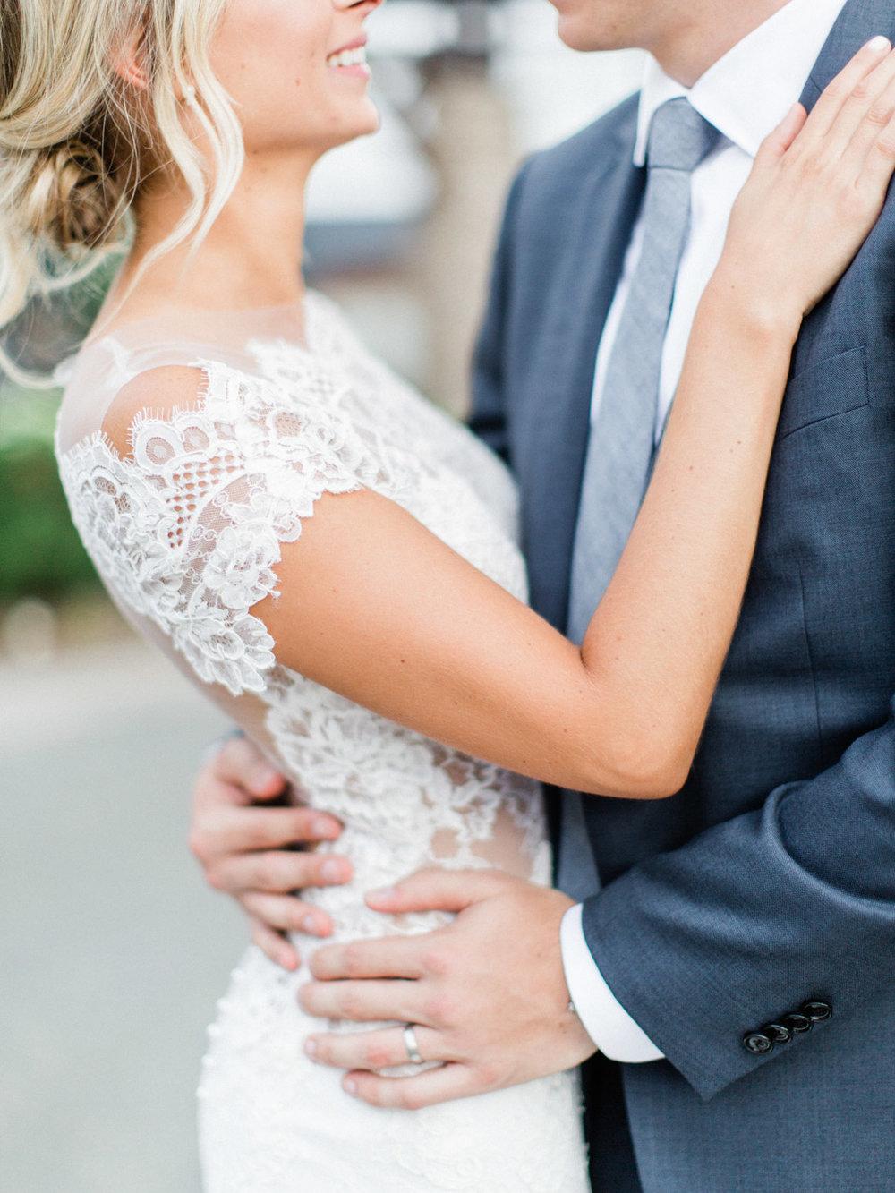 Toronto-Muskoka-wedding-photographer-summery-fun-documentary-the-marriott-rosseau106.jpg