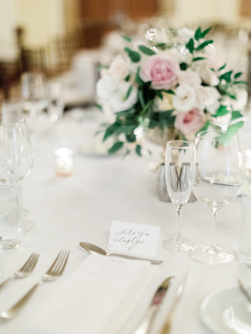 Toronto-Muskoka-wedding-photographer-summery-fun-documentary-the-marriott-rosseau109.jpg