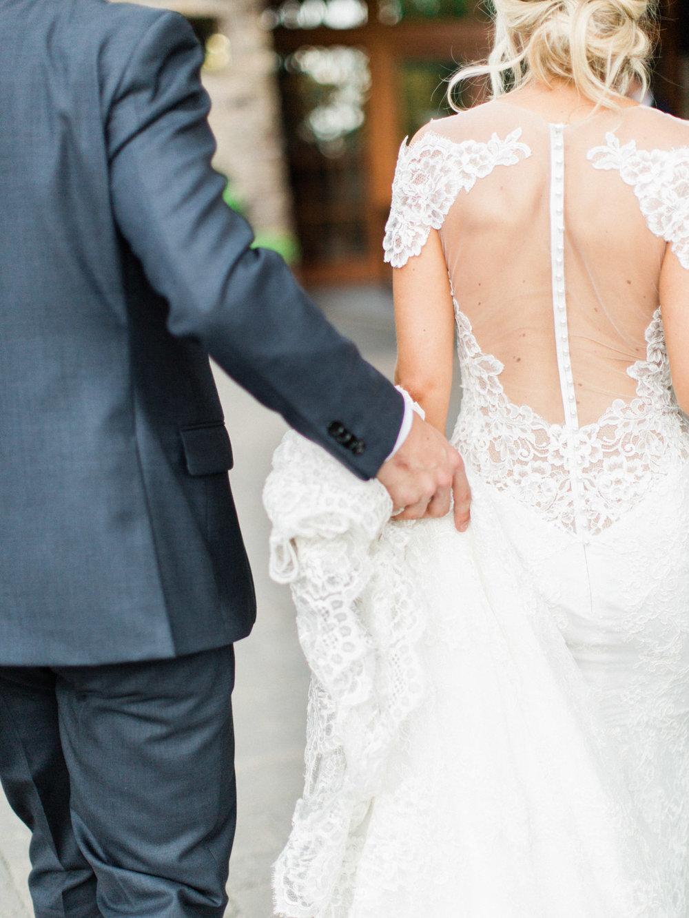 Toronto-Muskoka-wedding-photographer-summery-fun-documentary-the-marriott-rosseau108.jpg