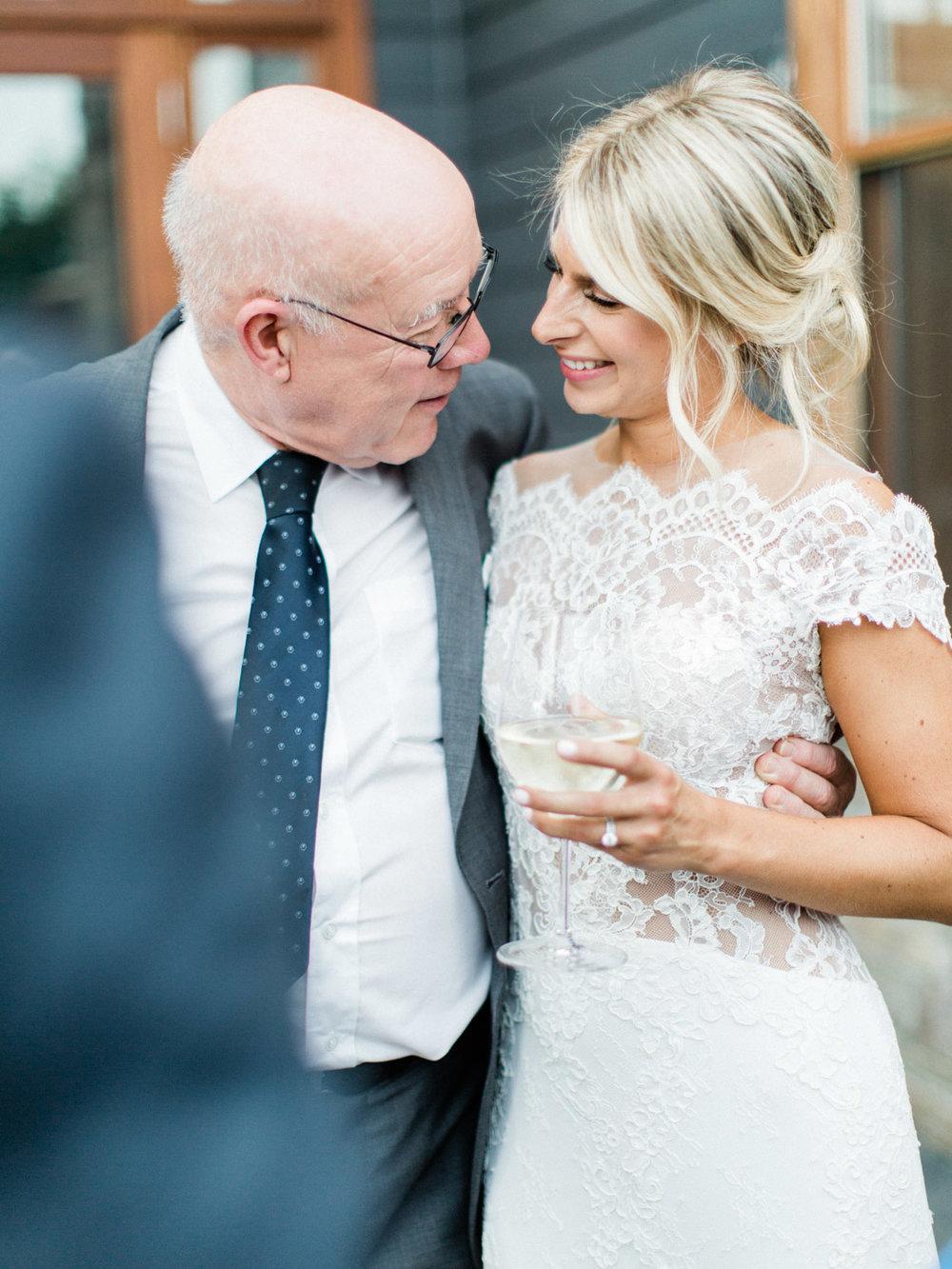 Toronto-Muskoka-wedding-photographer-summery-fun-documentary-the-marriott-rosseau113.jpg