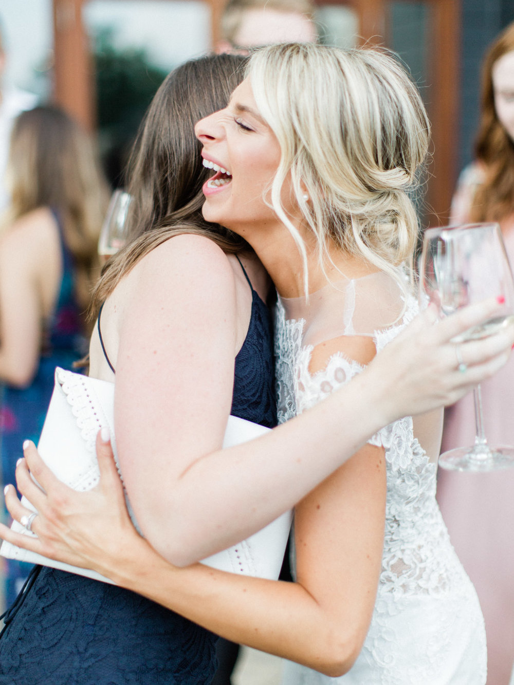 Toronto-Muskoka-wedding-photographer-summery-fun-documentary-the-marriott-rosseau114.jpg