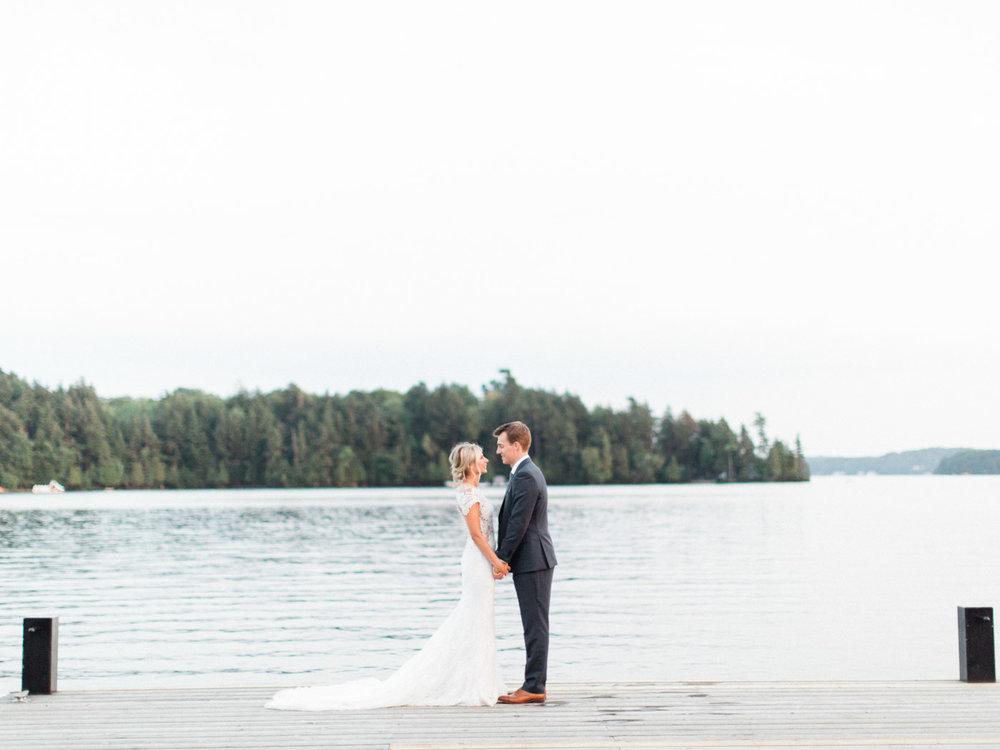 Toronto-Muskoka-wedding-photographer-summery-fun-documentary-the-marriott-rosseau132.jpg