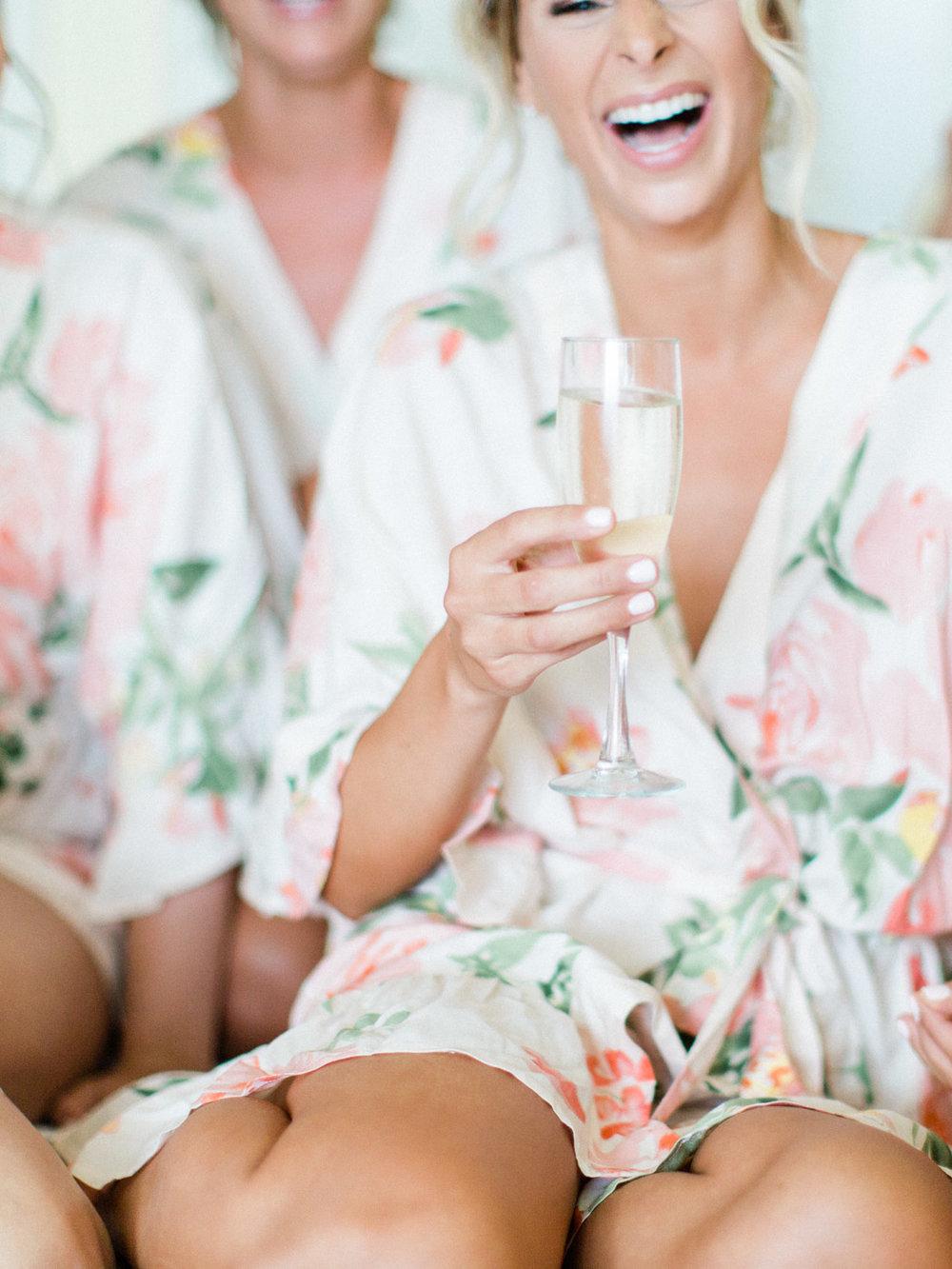 Toronto-Muskoka-wedding-photographer-summery-fun-documentary-the-marriott-rosseau10.jpg