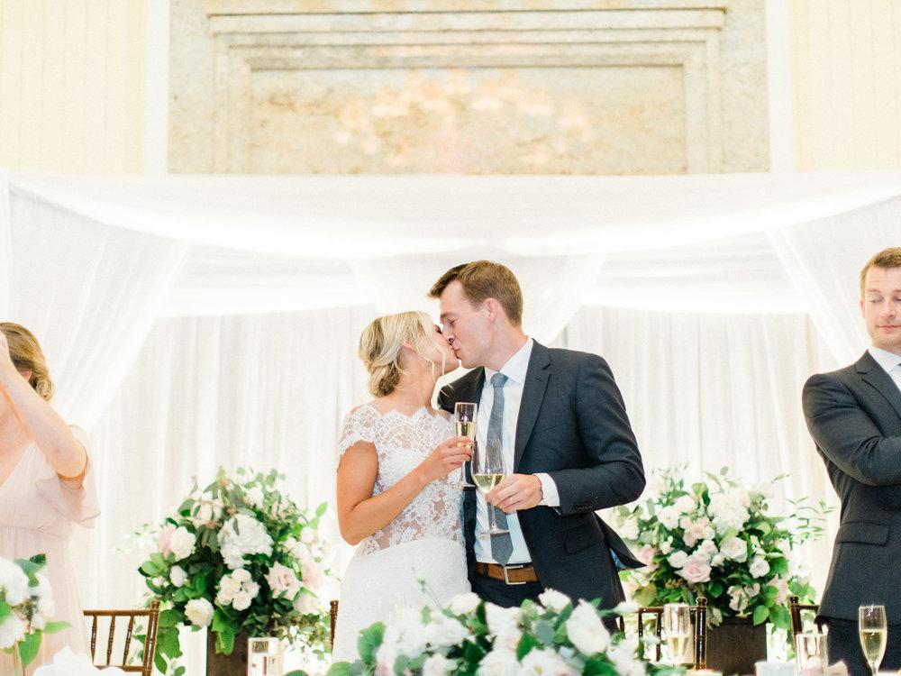 Toronto-Muskoka-wedding-photographer-summery-fun-documentary-the-marriott-rosseau133.jpg