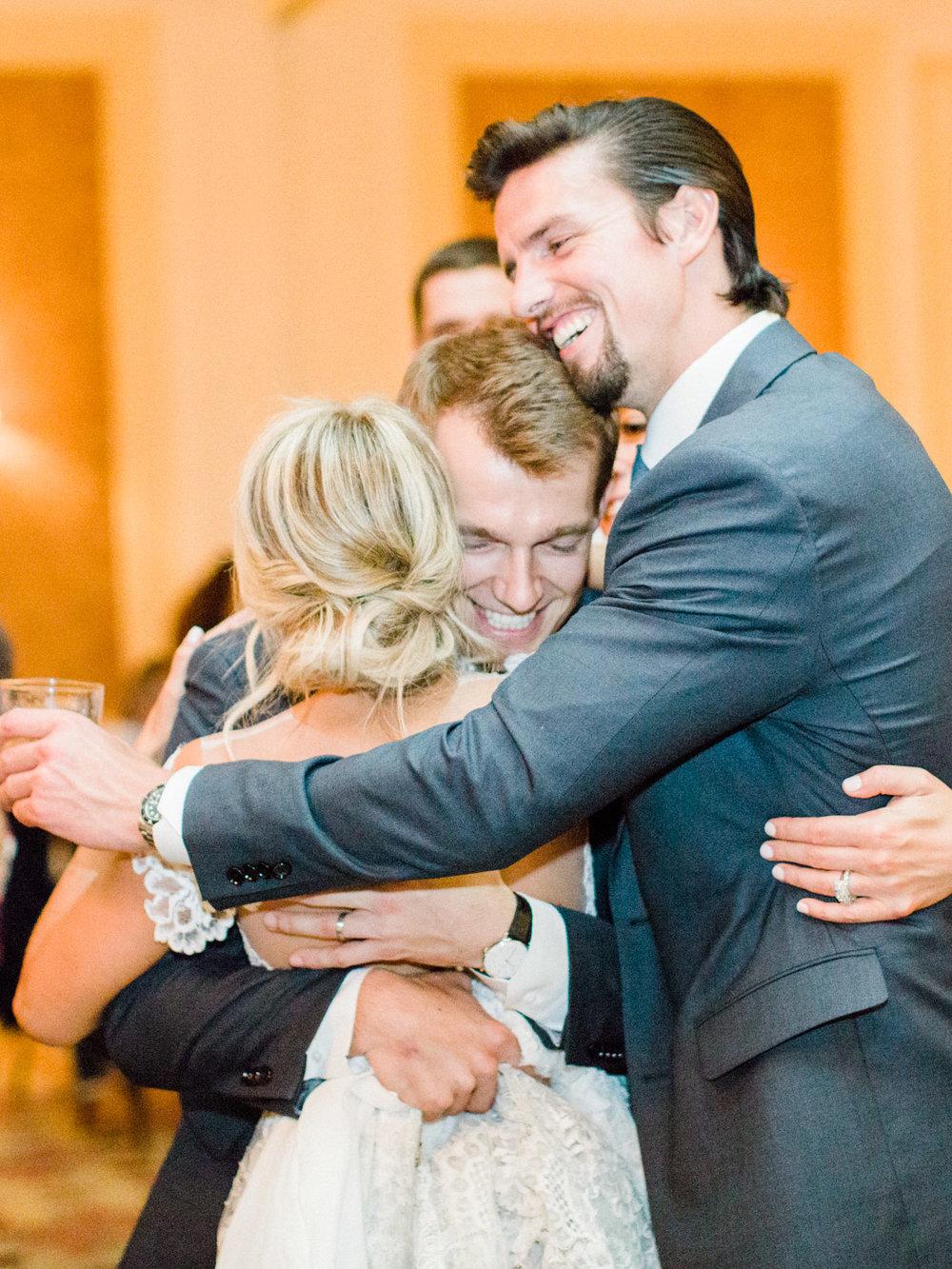 Toronto-Muskoka-wedding-photographer-summery-fun-documentary-the-marriott-rosseau134.jpg