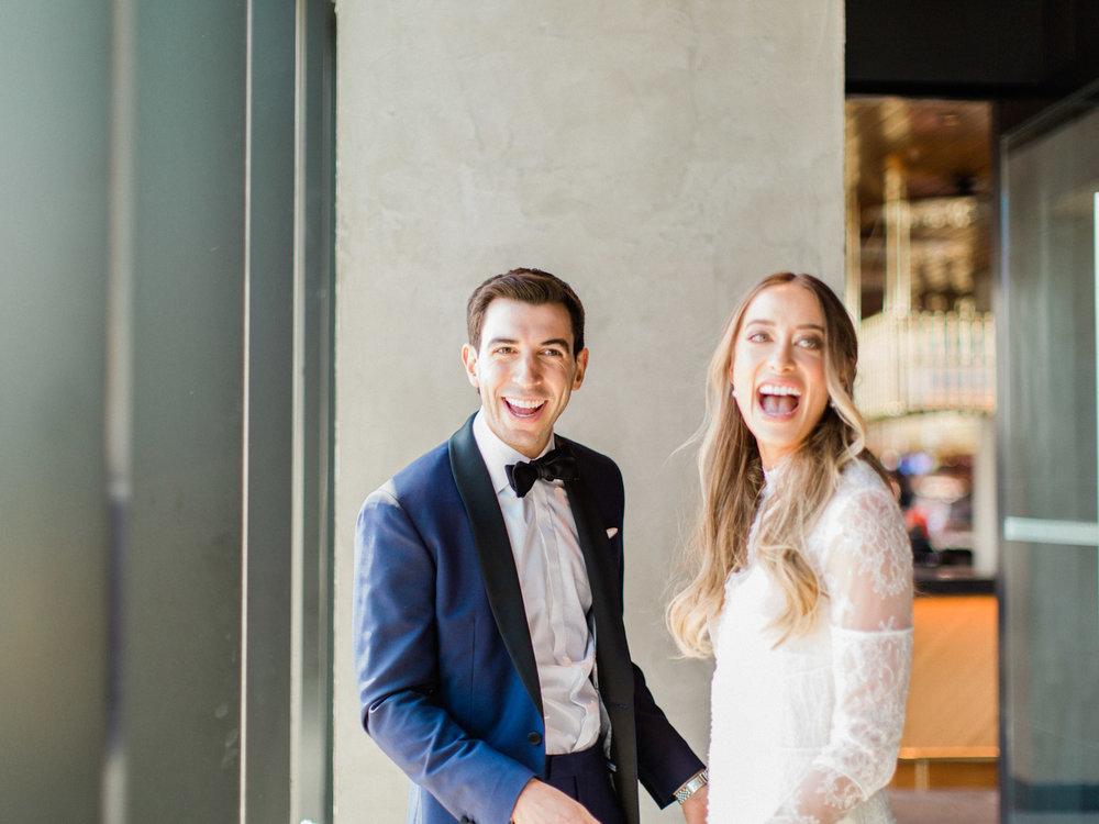 Toronto-Collingwood-Muskoka-Wedding-photographer-planning-first-look1.jpg
