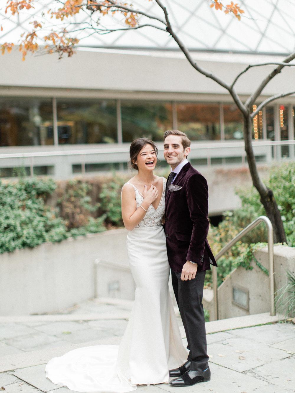 Toronto-Collingwood-Muskoka-Wedding-photographer-planning-first-look4.jpg