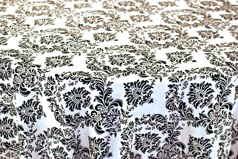 Damask - Black & White