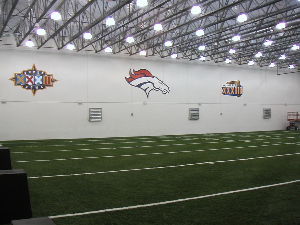 Broncos Conditioning-2.JPG