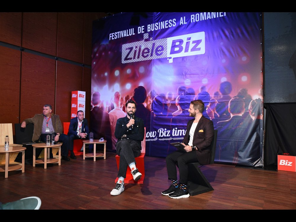 Biz Days Bucharest - In November 2018, I was invited to speak at the Biz Days conference in Bucharest about Creativity vs. Business from an creative entrepreneur's perspective.