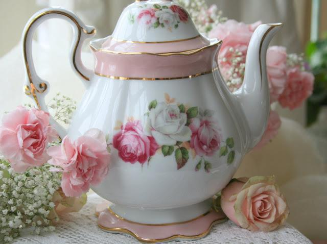 "Perfect tea pot for one of our favorites teas ""Victorian Rose"""
