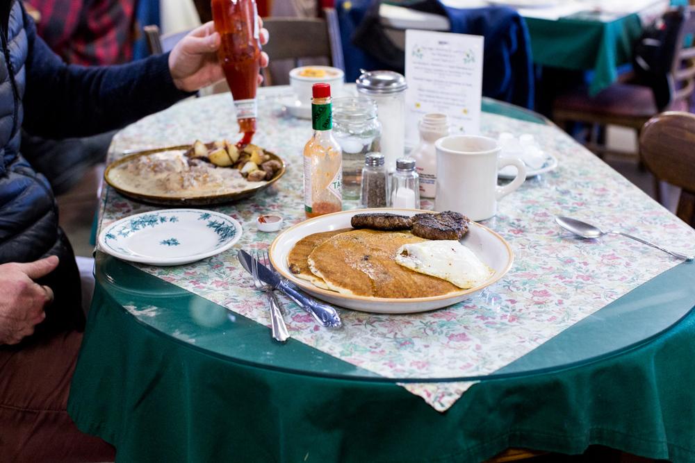 BuckHillFarm-breakfast-38.jpg