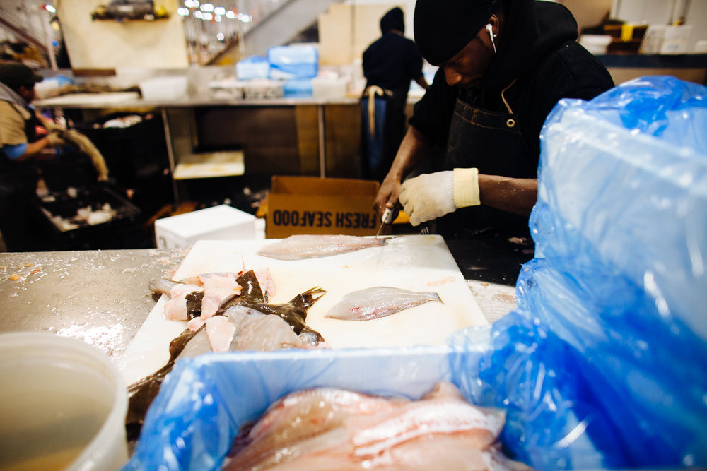 HeatherPhelpsLipton-Fish-HuntsPoint-FultonFishMarket-49.jpg