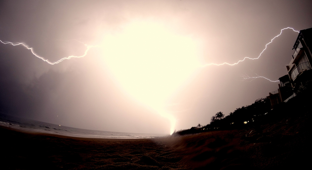 Storm - Bargara, Australia