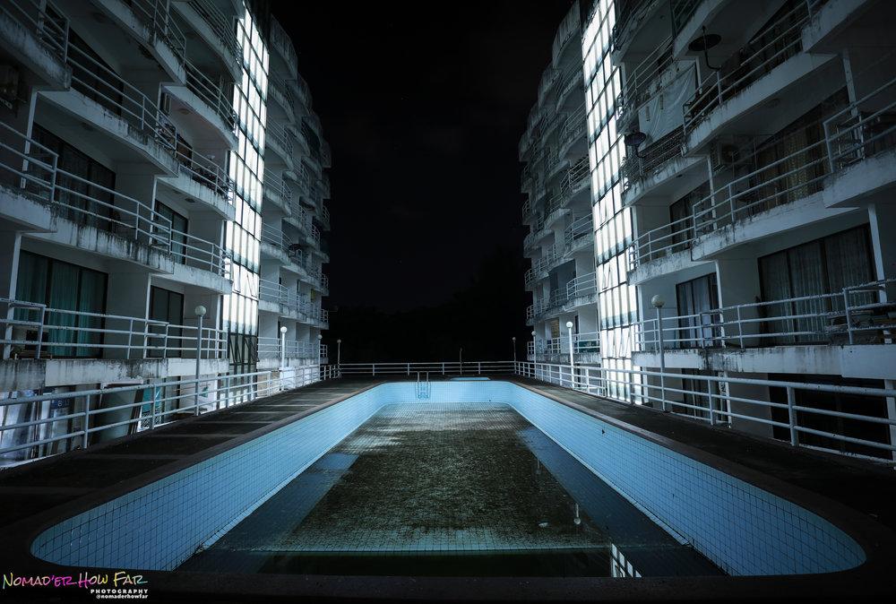 Empty pool & empty hotel // Rayong, Thailand
