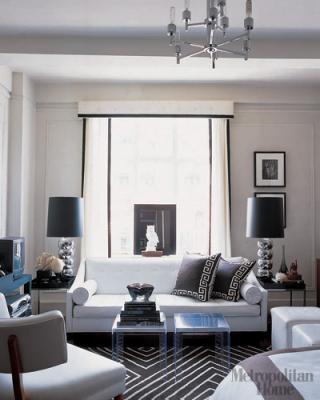 MH_1007_livingroom2_V.jpg