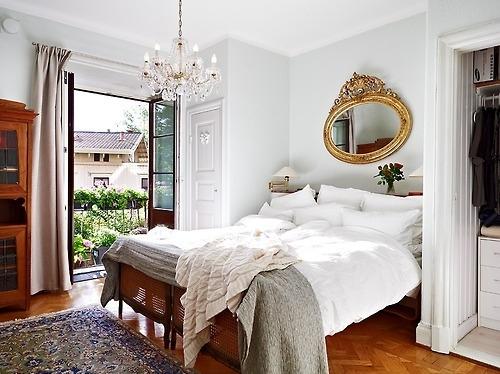 bed-bedroom-chandelier-door-interior-design-mirror-Favim.com-74317.jpg