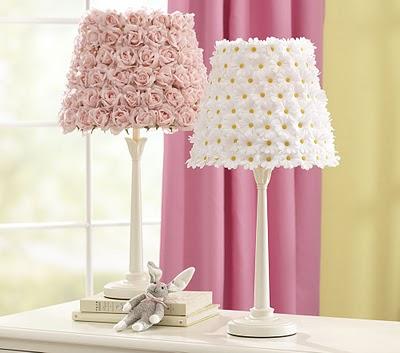 DIY-Pottery-Barn-Flower-Lamp-Shades.jpg
