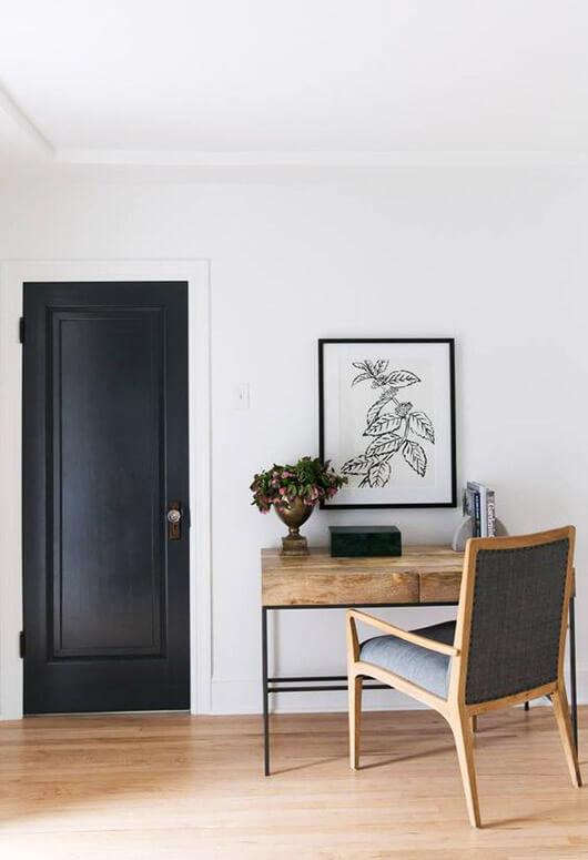 Source -https://domino.com/fixer-upper-home-renovation-studio-mcgee
